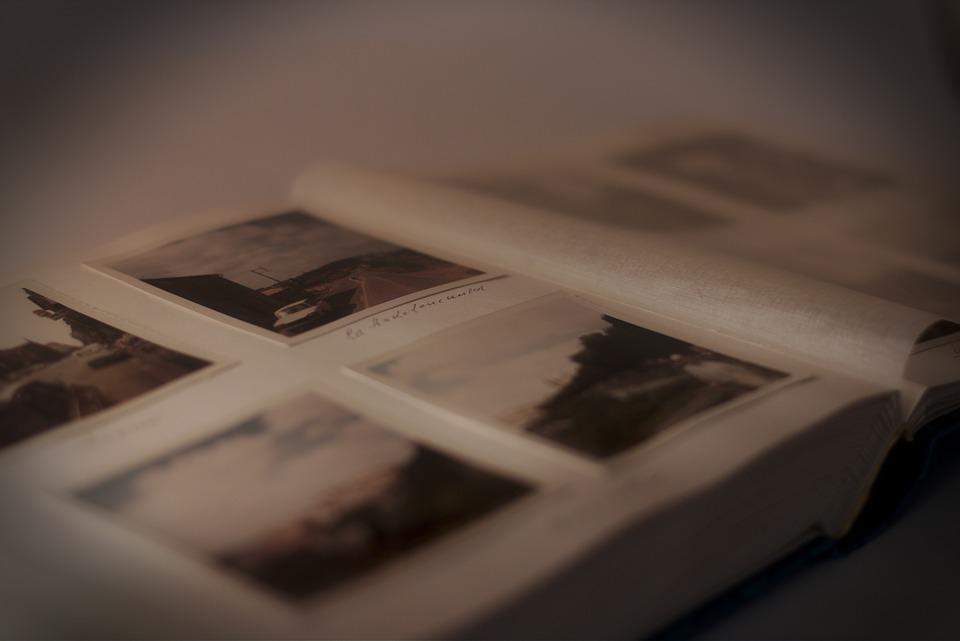 photo-album-235603_960_720